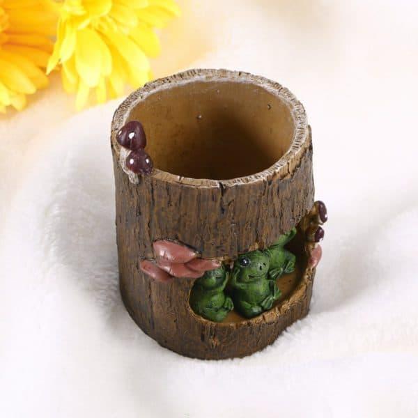 Green Frog Flower Pot